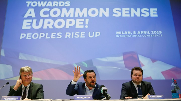 A Far-Right Dilemma for Europe's Mainstream: Contain It or Join It ?