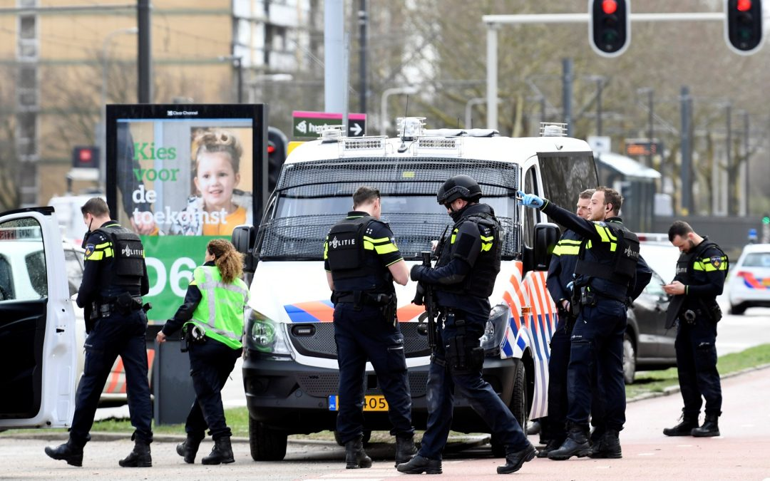 The causes of radicalization of young people in Dutch society