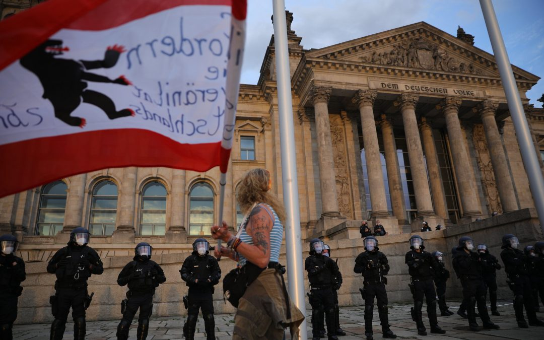 Far Right Germans Try to Storm Reichstag as Virus Protests Escalate