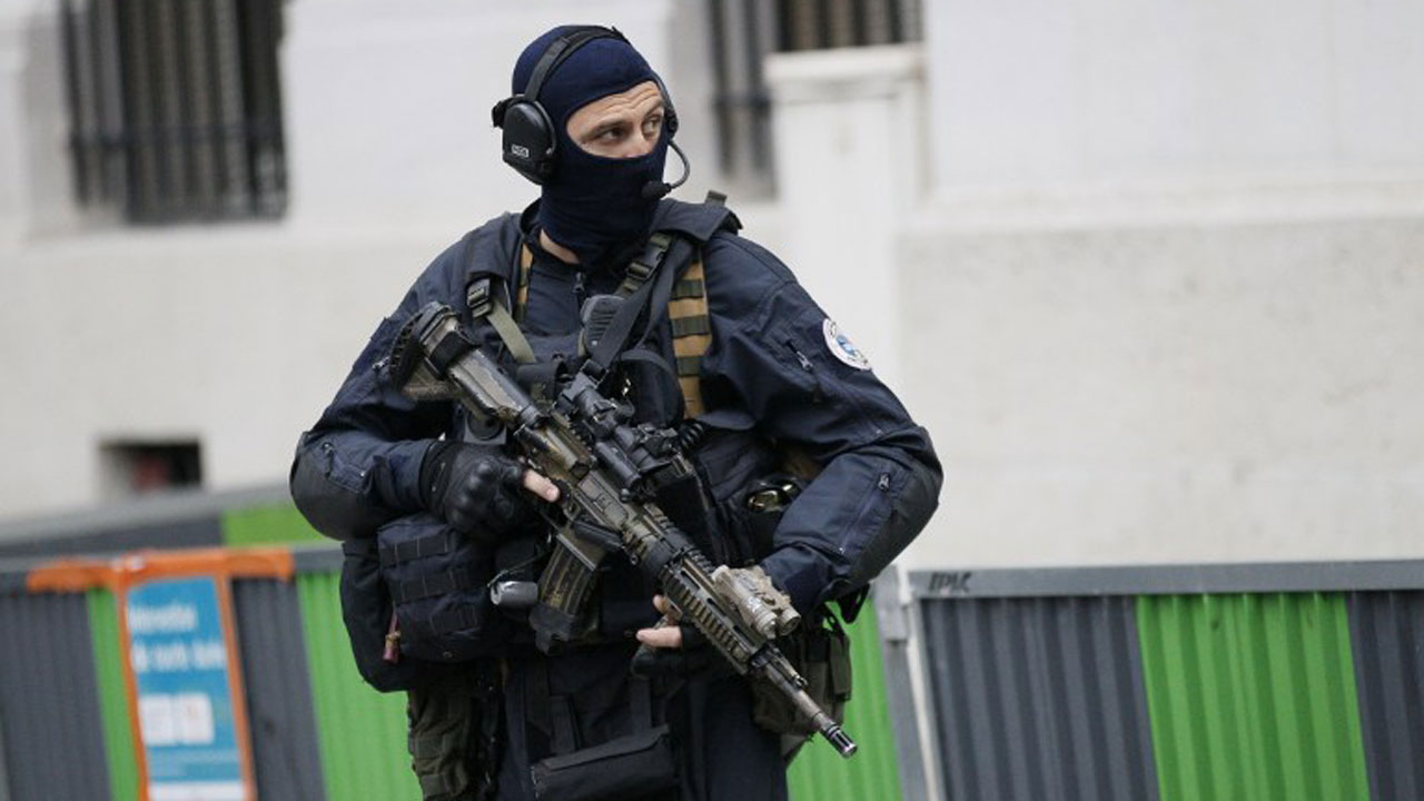 Counter terrorism.. French government under pressure