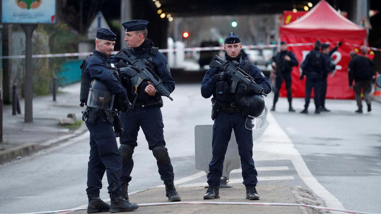 France is preparing to expel 231 foreigners for suspected extremist