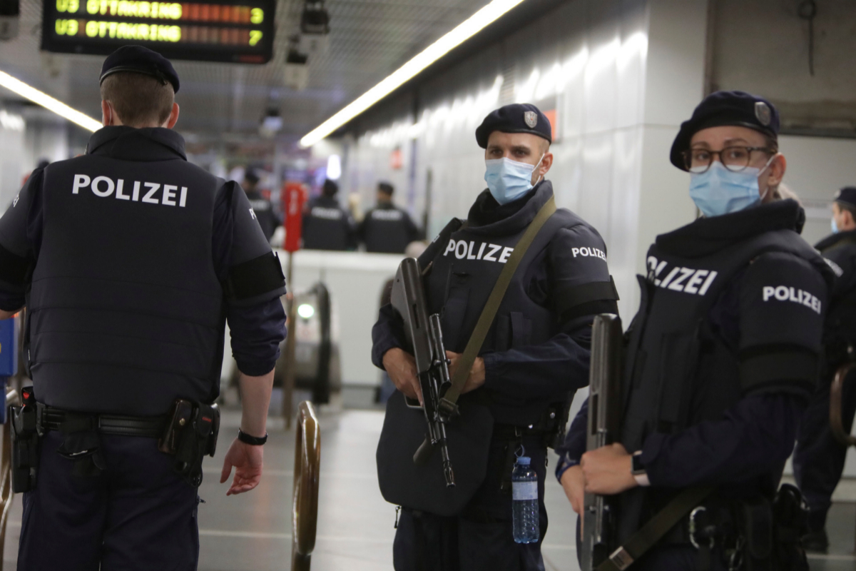 Online ISIS Supporters Celebrate Vienna Attack