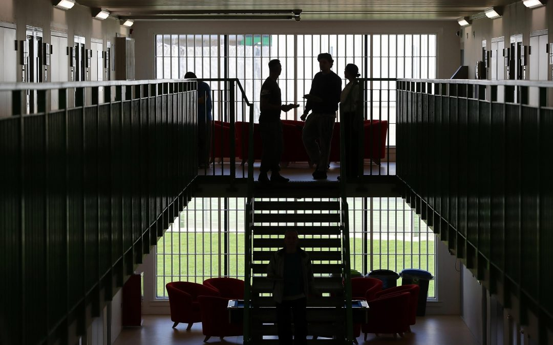 How prison service is managing the threat posed by terrorism?